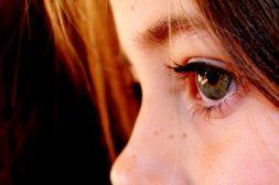 Nieuws en psyche: meer toezicht op social media voor kinderen