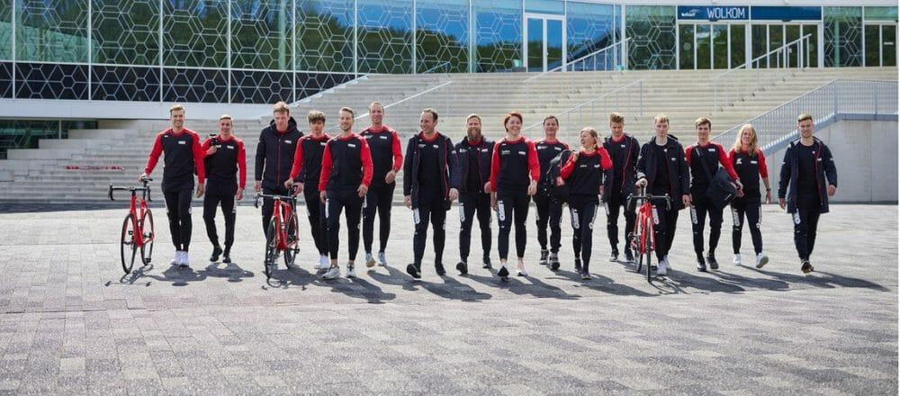Psyned trotse nieuwe sponsor Schaatsteam IKO