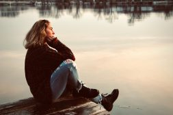 Waarom nare herinneringen soms opeens naar boven komen