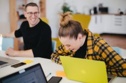 Hoe vergroot je het werkplezier van jouw werknemers?